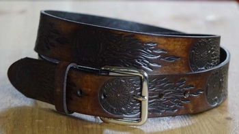 "Western riem  "" Live to ride  ""  Donker bruin"