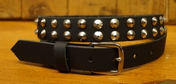 Smalle buckle riem met conical studs